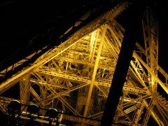 Eiffelturm von innen