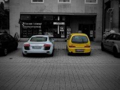Audi R8 vs. Fiat 500